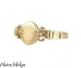 Classic Art Nouveau Signet Ring, Small