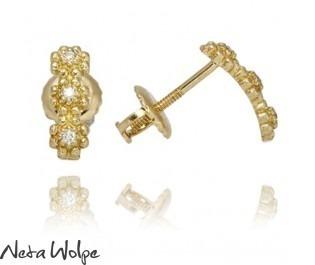 Dangling Flower Diamond Earrings