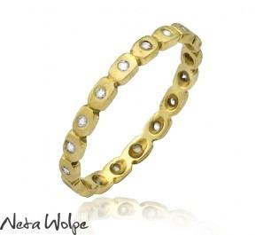 Eternal Diamond Eyed Ring in Yellow  Gold