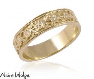 Gold Vintage Style Floral Wedding Ring