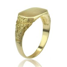 Yellow Gold Signet Ring with Engraved Detailing