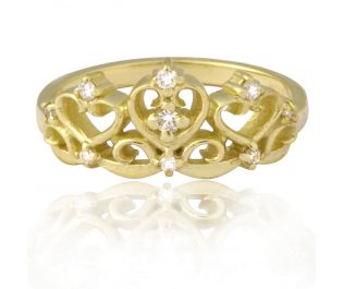 Timeless Royal Crown Ring with diamonds